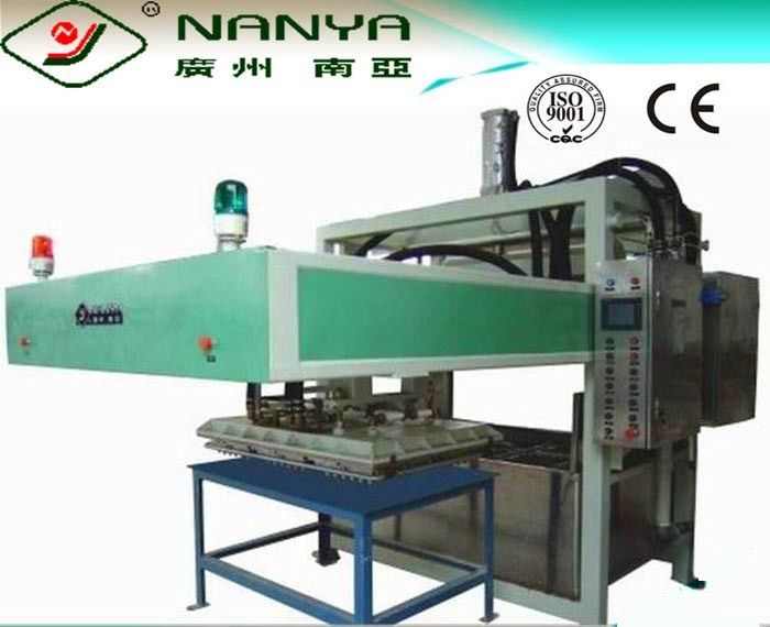 Environmentally Pulp Molding Egg Tray Making Machine / Waste Paper Pulp Machine 3000 Pcs /H