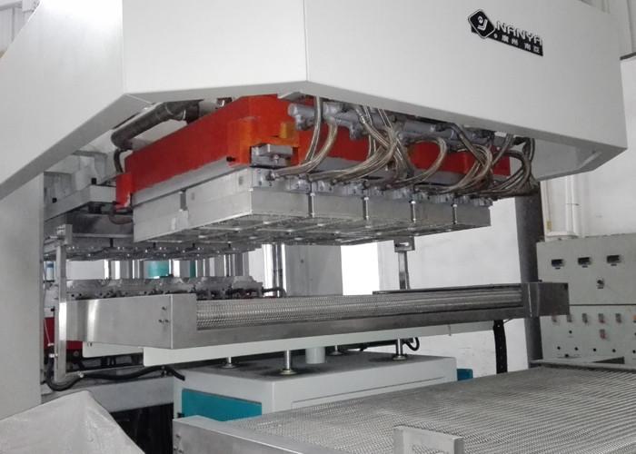 Top Grade Packaging Machinery Paper Plate Food Container Machine 7000Pcs / H & Top Grade Packaging Machinery Paper Plate Food Container Machine ...